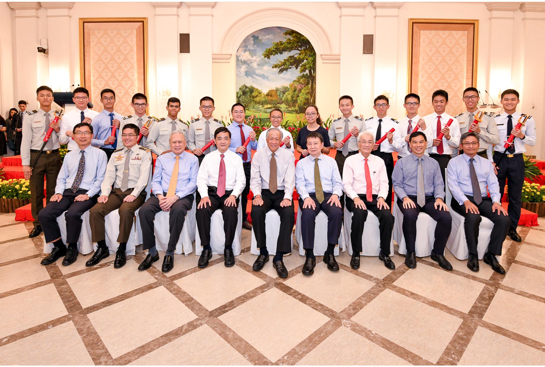 alt text - group shot of SAF scholarship recipients