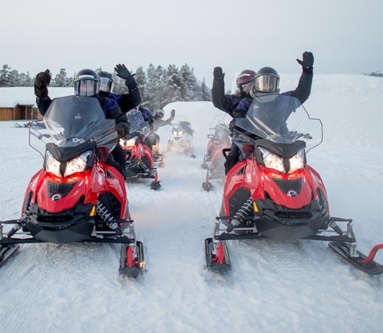 Sorrisniva | Snowmobile tours in Northern Norway