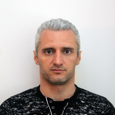 Denis Astahov