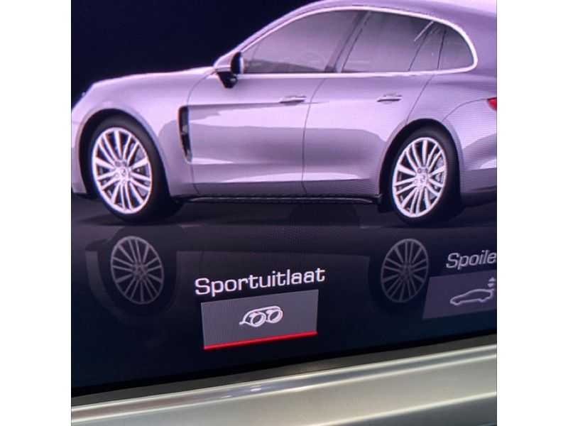 Porsche Panamera Sport Turismo 2.9 4 E-Hybrid   Sportuitlaat   Achteras sturing   Carbon   Stoel koeling   HUD   afbeelding 16