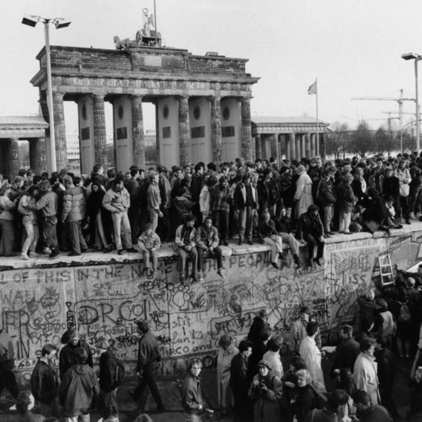 Демонтаж Берлинской стены начался 30лет назад — 9ноября 1989года