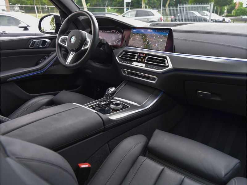 BMW X5 M50d M-Sportpakket Laser-LED H&K Pano Head-Up Swarovski Comf.Zetels 22-Inch! afbeelding 23