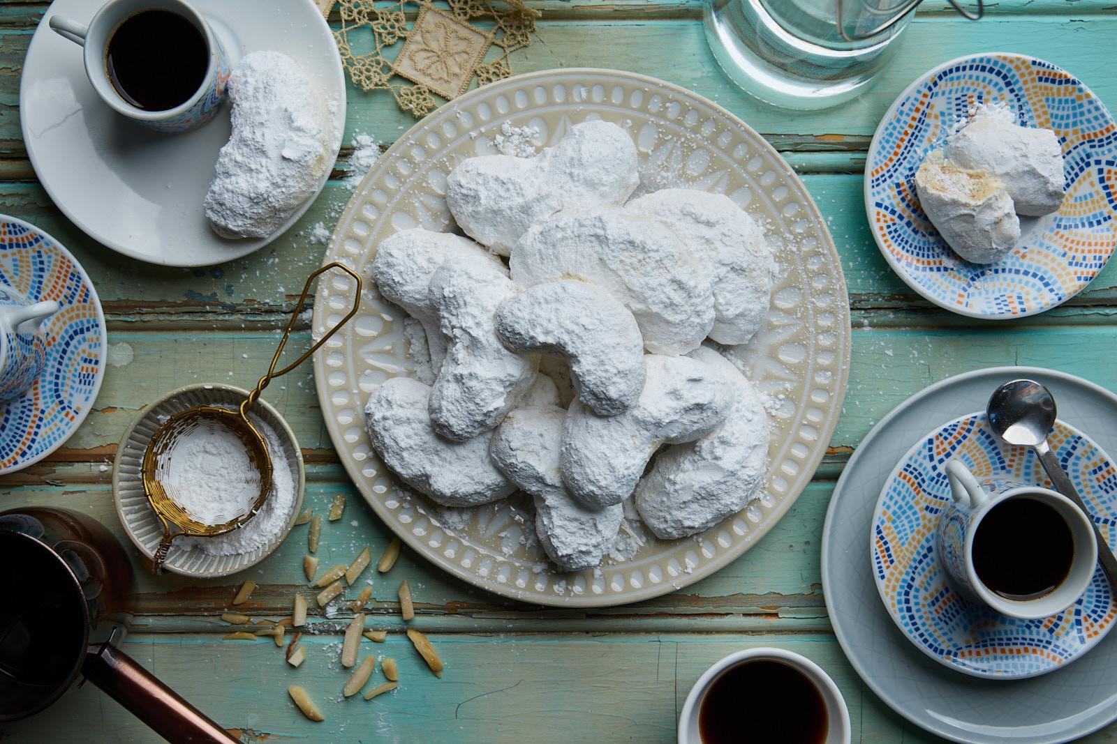 Greek Almond Shortbread Butter Cookies (Kourabiethes)