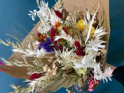 Fleurs séchées 38996a98-9727-4adb-9184-217e935da34c