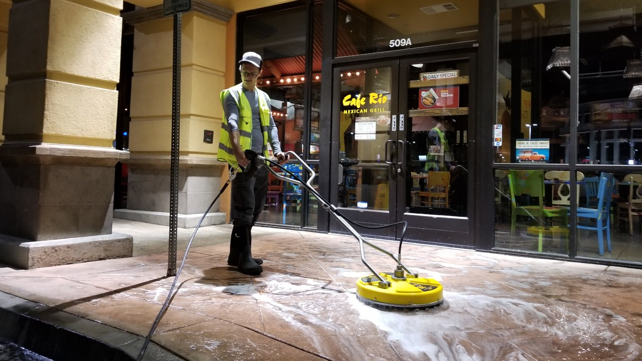 pressure-washing-cafe-rio-storefront-and-siding--cleaning-14
