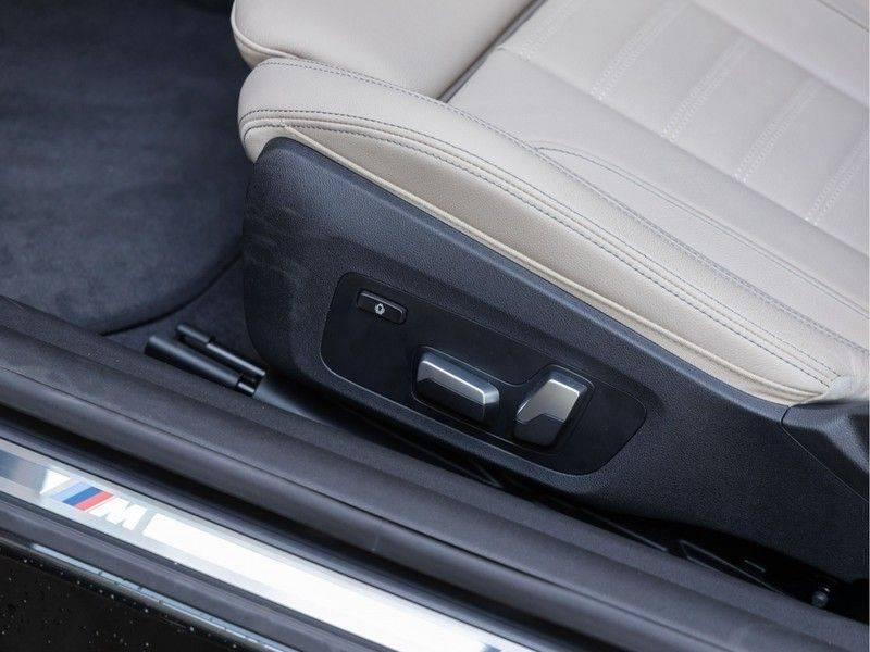 BMW 4 Serie Coupé M440i xDrive - High Executive - M-Remmen - Harman Kardon - Driving Ass Prof afbeelding 20