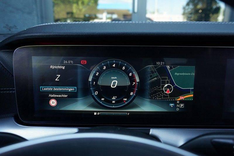 Mercedes-Benz E-Klasse Coupé 200 Premium Plus AMG, Pano, Burmester afbeelding 9