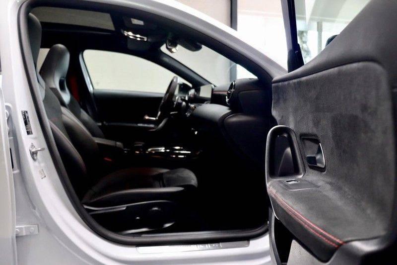 Mercedes-Benz A-Klasse A35 AMG 4MATIC Pano Aerodynamic WIDEScreen Pano Aerodynamic WIDEScreen afbeelding 18