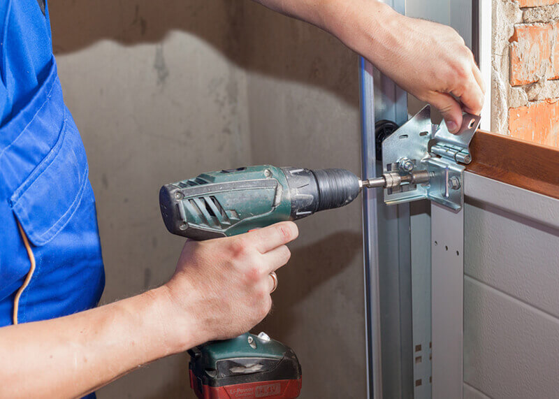 If your cables have broken or aren't working as smoothly or efficiently as they should, call 1A Garage Doors today.