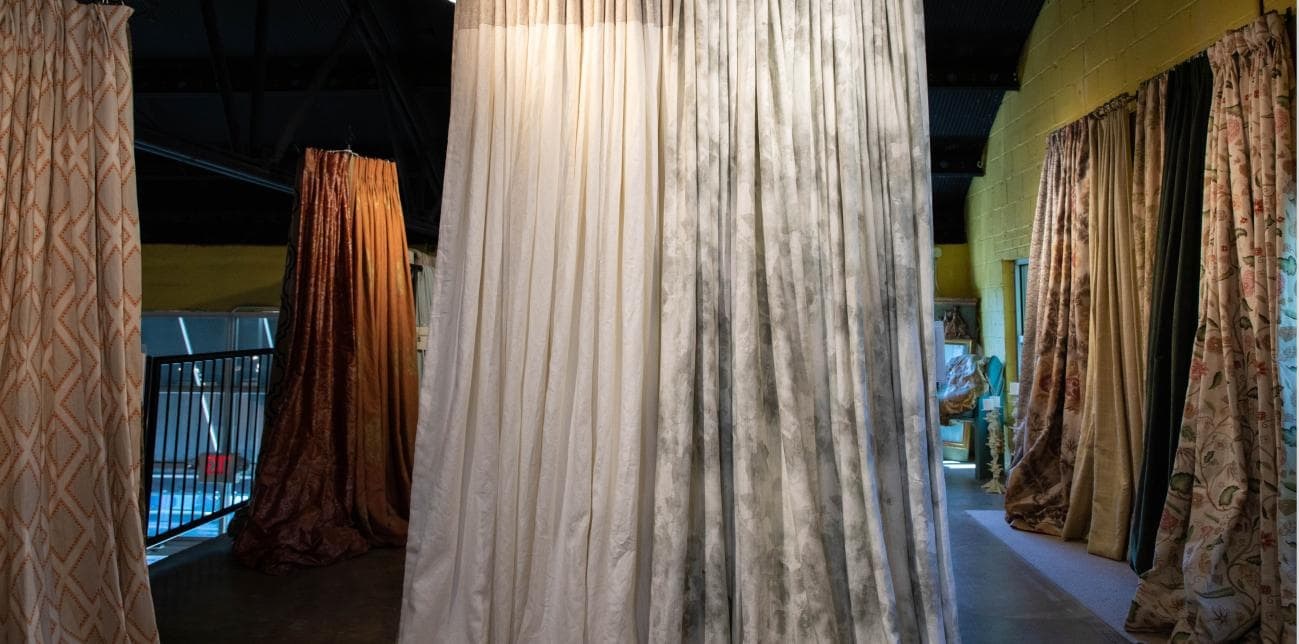 locations/Slider-consignment-curtains.jpg