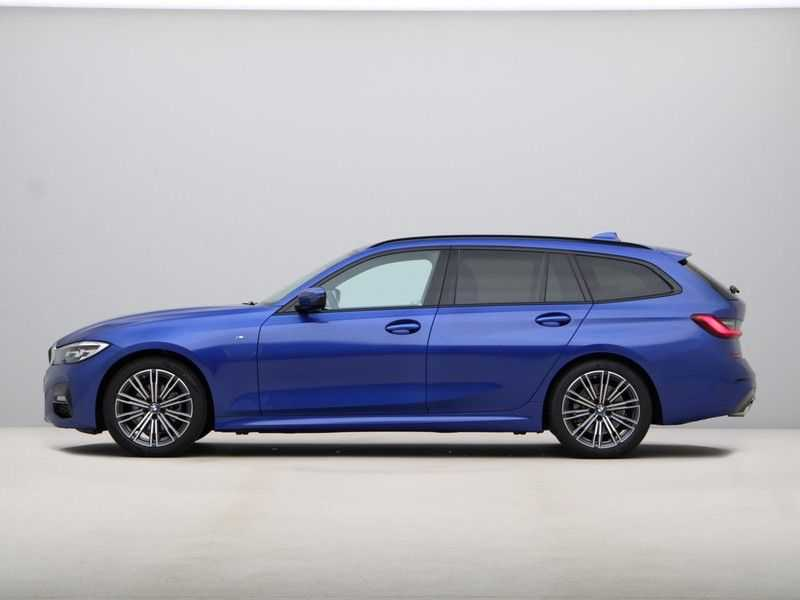BMW 3 Serie Touring 320i High Executive M Sport 18inch afbeelding 10