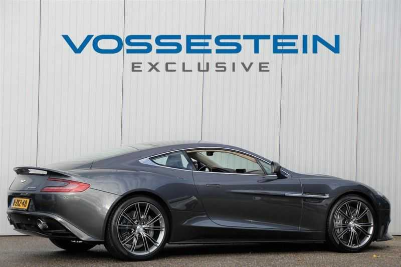Aston Martin Vanquish 6.0 V12 Touchtronic 2+2 Carbon Edition / One77 Stuur / Camera / B&O / Camera afbeelding 3