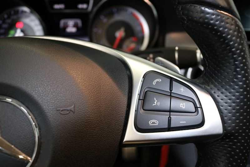 Mercedes-Benz CLA-Klasse Shooting Brake 200 OrangeArt Edition | VERKOCHT! | | Panoramadak | Memory stoelen | AMG Pakket | Night Pakket | Achteruitrijcamera | afbeelding 13