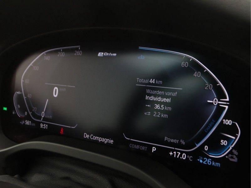 BMW X3 xDrive 30e High Executive M-Sport Individual afbeelding 3