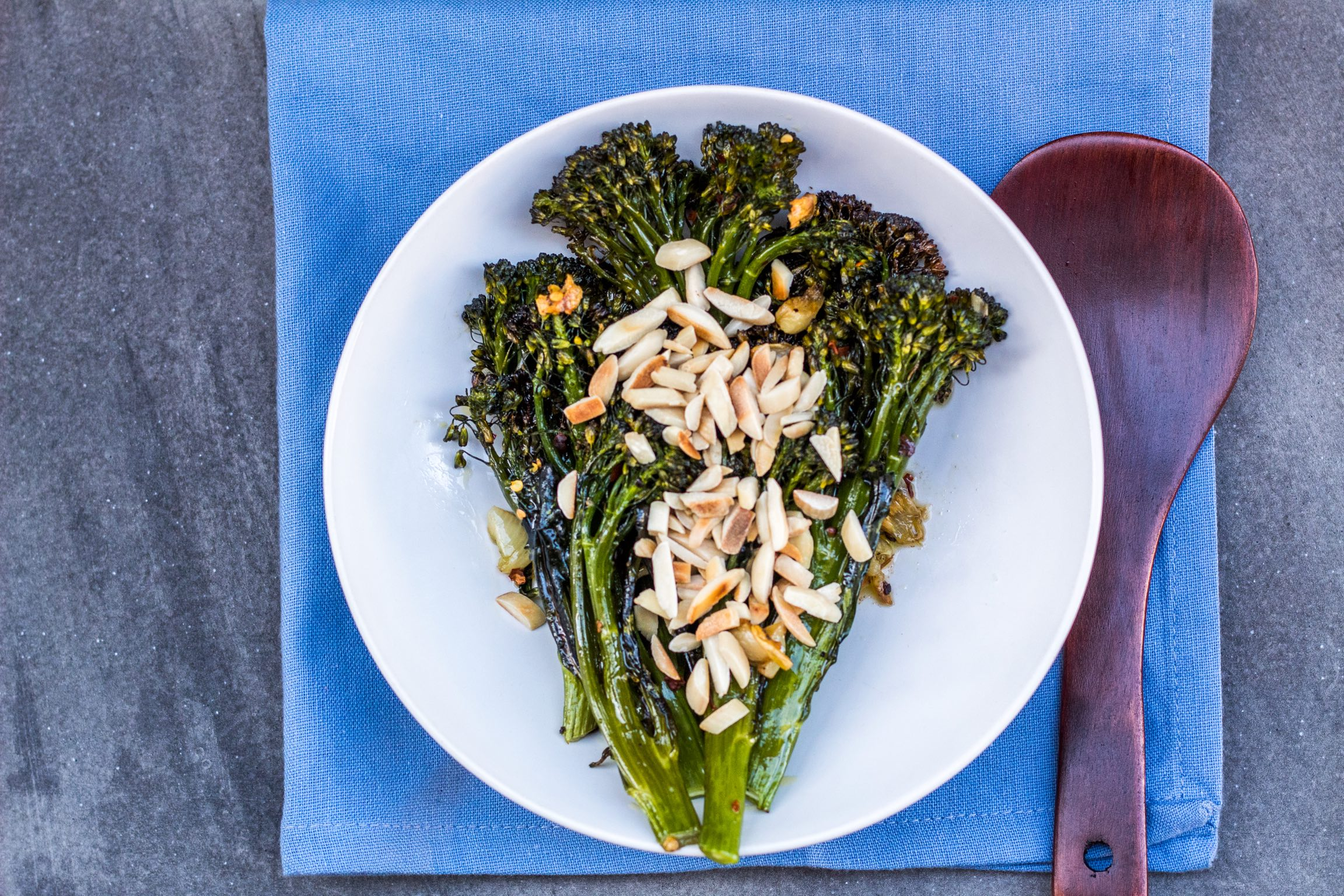 Spicy Roasted garlic broccolini