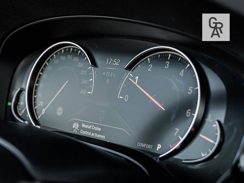 BMW 5 Serie 540i xDrive High Executive afbeelding 15