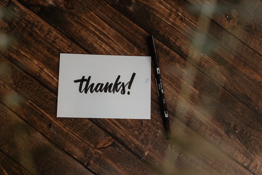 Thank you post - Photo by Kelly Sikkema on Unsplash