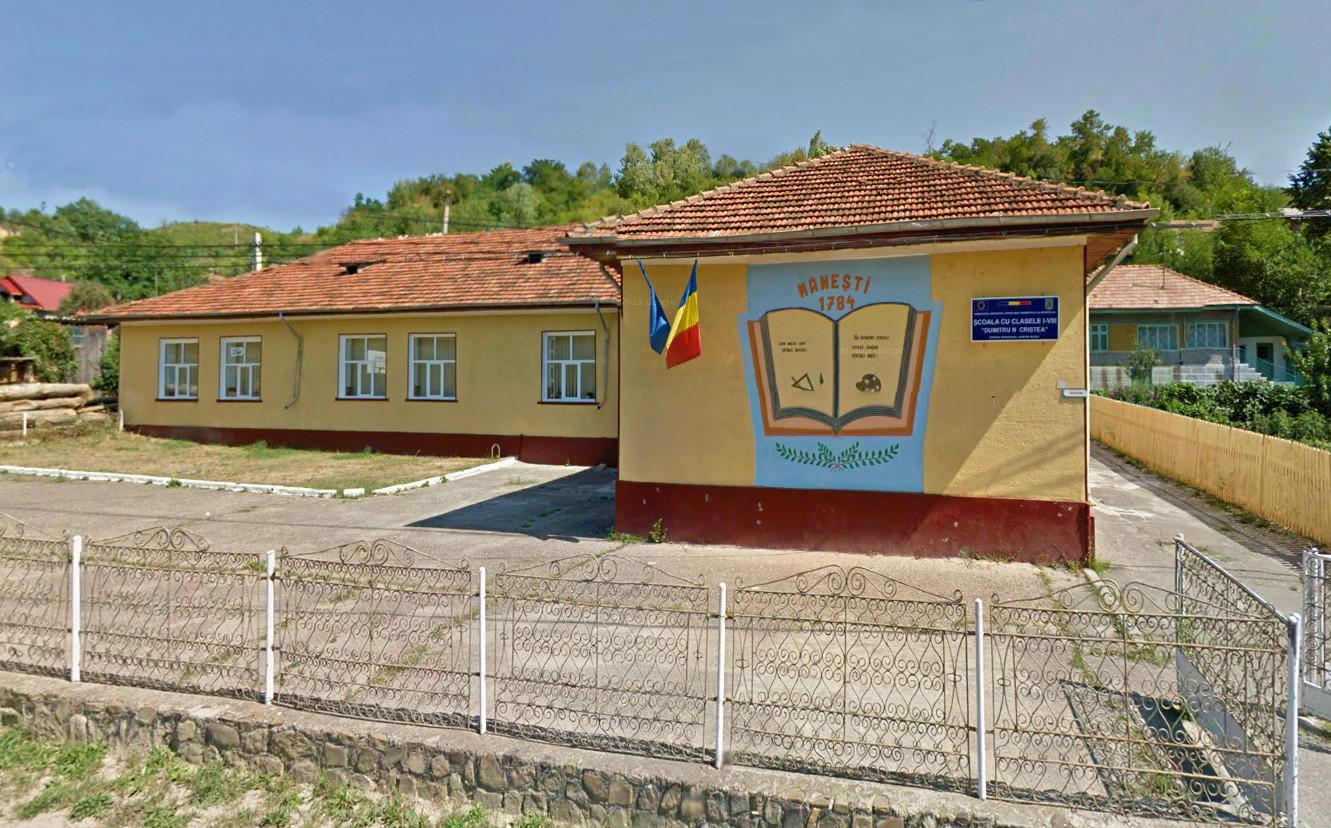 Școala veche Mănești, Mânzălești - fondată în 1784