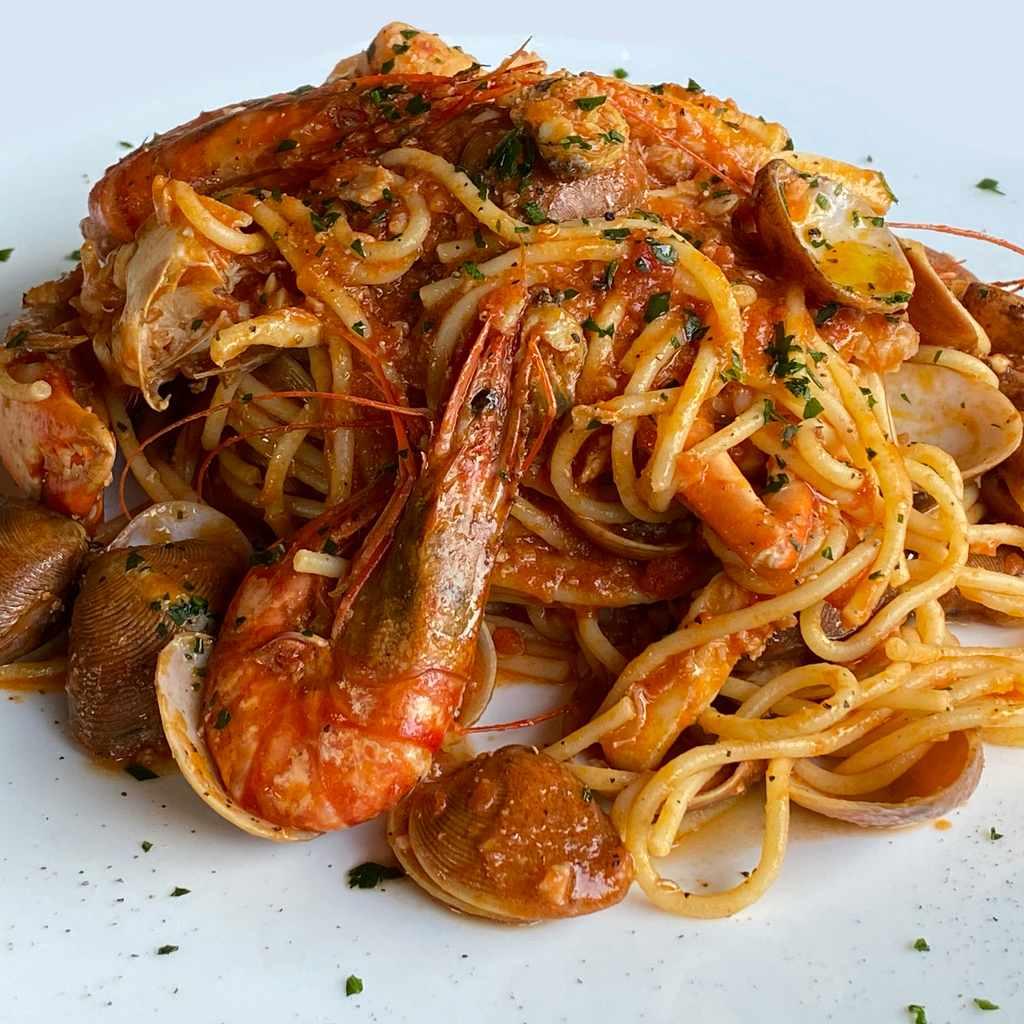 pasta: spaghetti allo scoglio