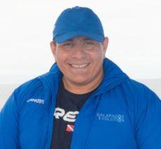 Leo Morales