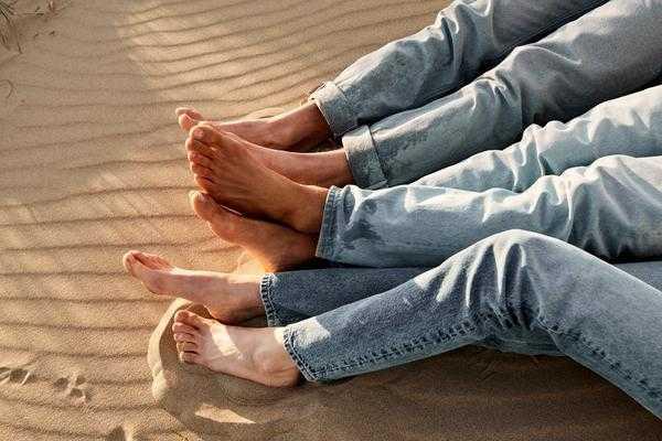 MUD Jeans x PLAN3T:  Der Impact von Jeans in der Mode