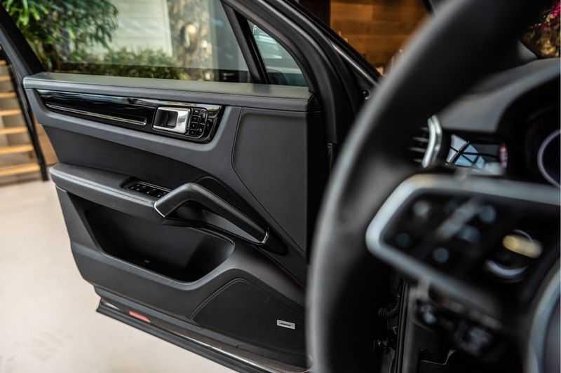 Porsche Cayenne 2.9 S | Sport design Pakket | NP 202.000,- | Panorama | BOSE | Head-Up Display | Innodrive | Trekhaak afbeelding 21