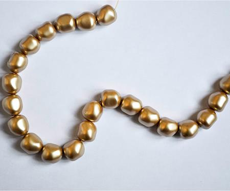 Perle dorée baroque