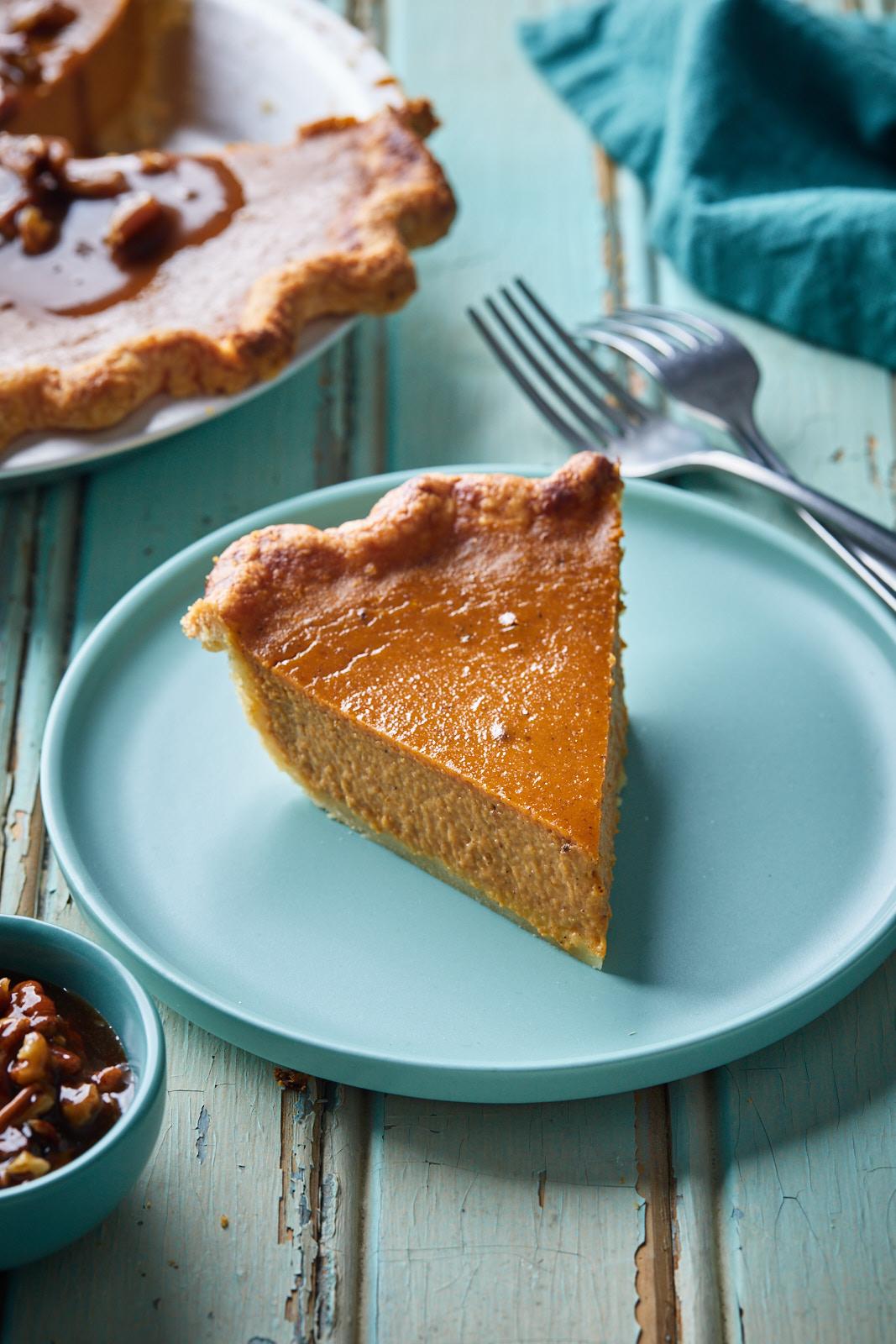 Classic Pumpkin Pie With No Shrink Pie Crust
