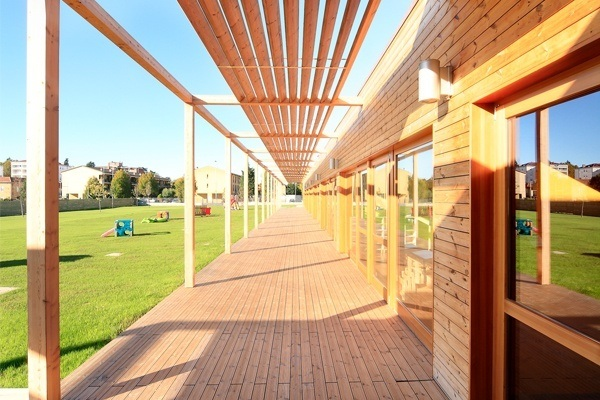decking, facciata e frangisole in legno