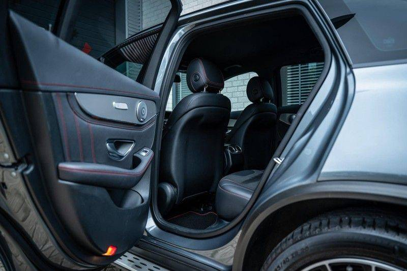 Mercedes-Benz GLC 43 AMG 4MATIC, 367 PK, 63 AMG Look, Panoramica, Airmatic, Trekhaak, Camera, LED, Comand Online, 87DKM! afbeelding 20