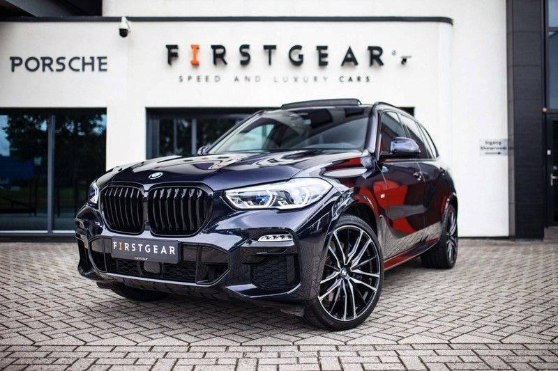 BMW X5 xDrive30d High Executive *M Pakket / Laser / Pano / HUD / Keyless / Trekhaak* afbeelding 1