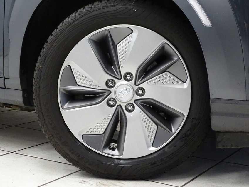 Hyundai Kona EV Premium 64 kWh EX BTW 4% Leder Navigatie Clima Cruise Camera HUD  460 KM op 1 Lading! afbeelding 7