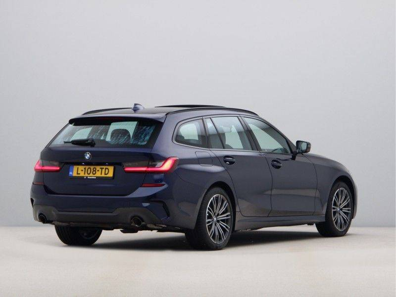 BMW 3 Serie 330Xe Touring High Exe M-Sport afbeelding 9