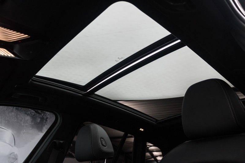 "BMW X3 M40i xDrive 360pk Panoramadak VirtualCockpit ShadowLine Sportleder Hifi AmbientLight 20"" Camera ParkAssist Pdc afbeelding 5"