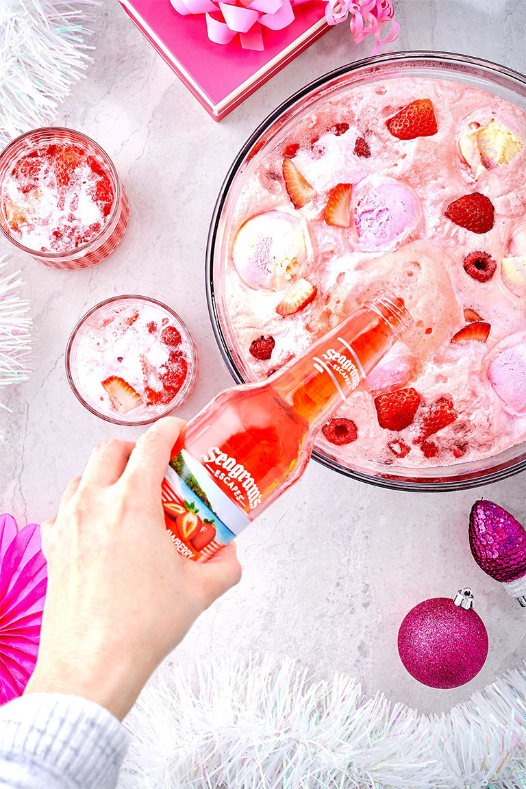 Mrs Claus Ice Cream Party Punch Image