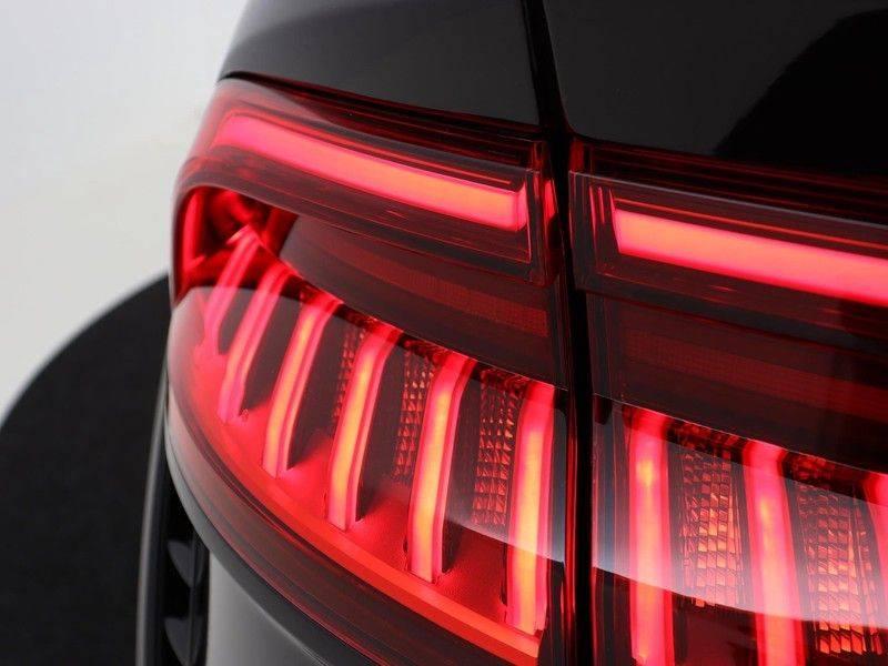 Audi RSQ8 4.0 TFSI 600 pk RS Q8 quattro | Pano.Dak | Carbon | Trekhaak | Keyless-Entry | 360Camera | B&O Sound | Alcantara | afbeelding 14