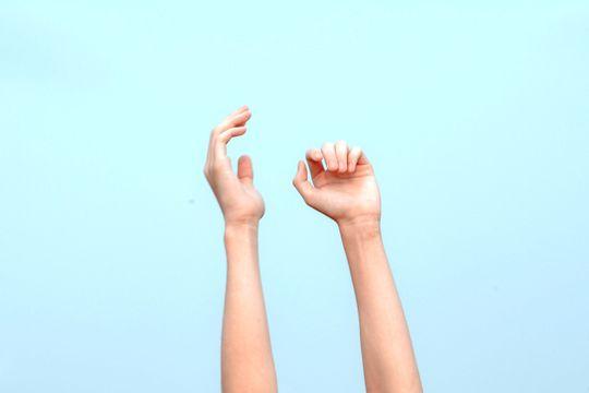 Alergia en las manos: causas y tratamiento para combatirla - Featured image
