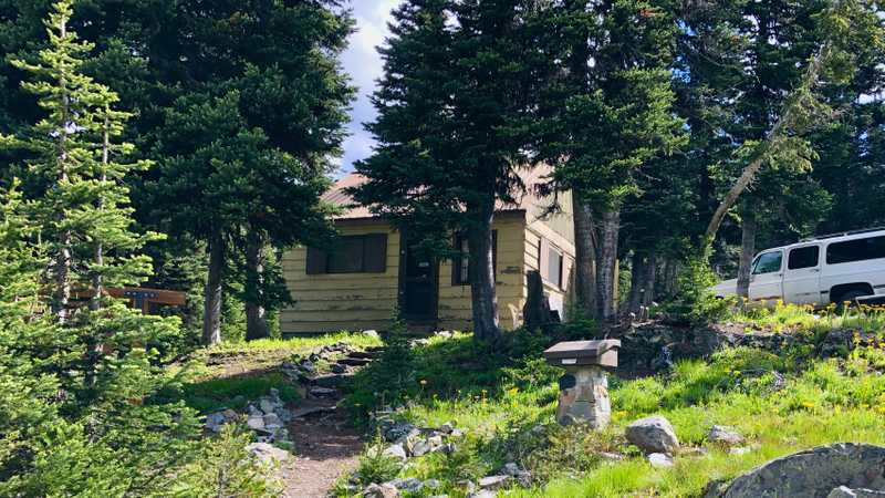 Ranger cabin and hiker registry at Hart's Pass