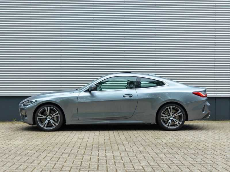BMW 4 Serie Coupé 430i High Executive - Dak - Camera - Harman Kardon afbeelding 5