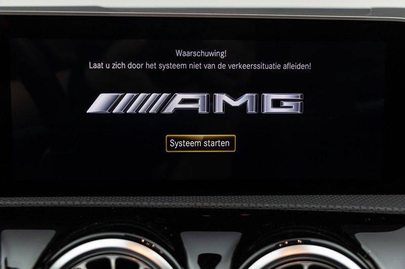 "Mercedes-Benz A-Klasse A35 AMG 306pk 4Matic AeroPack Panoramadak Nightpakket Schaalstoelen+Memory Widescreen Burmester AmbientLight Multibeam RideControl SuperSportStuur ComandOnline Full-Led 19"" Parktronic Camera Pdc afbeelding 24"