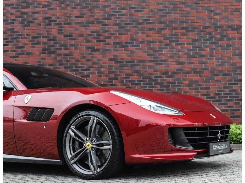 Ferrari GTC4 6.3 V12 Lusso *Panoramadak*passagiers display* afbeelding 18