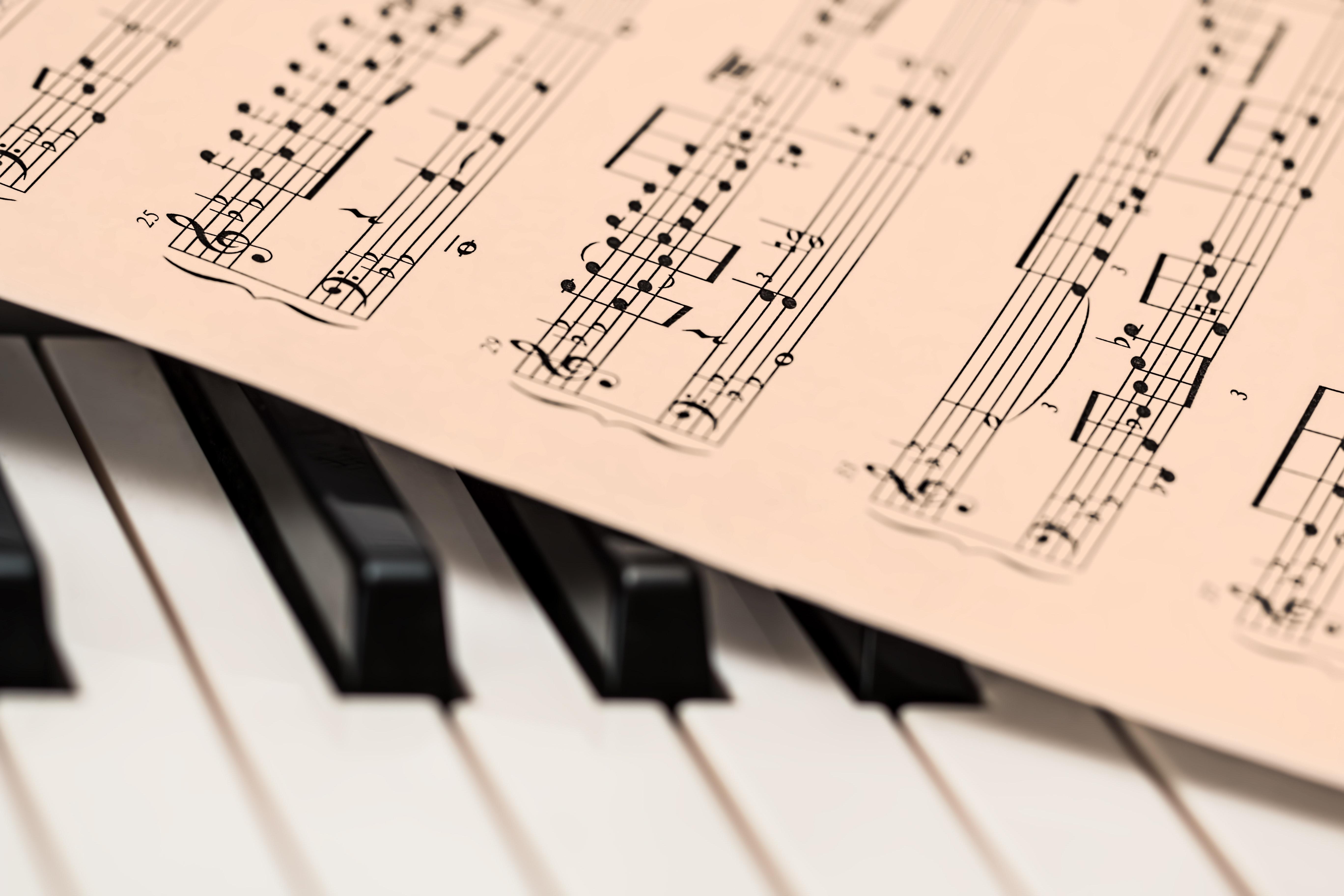 zeneírás, szövegírás
