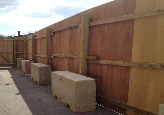 Free-standing timber construction hoarding
