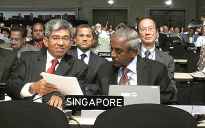 Senior Minister S Jayakumar and Minister Yaacob Ibrahim at the 16th UNFCCC Conference of the Parties (COP-16) in Cancun, Mexico