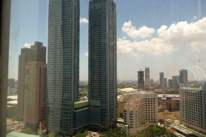 Zicht op Manilla vanuit ons hotel