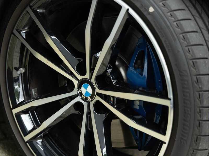 BMW 3 Serie Touring 330i M-Sport - Panorama - Trekhaak - DAB - Harman Kardon afbeelding 13