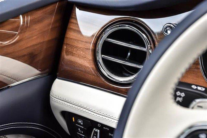 Bentley Bentayga V8 FIRST EDITION BLACKLINE+CERAMIC BRAKES NP.338K afbeelding 20