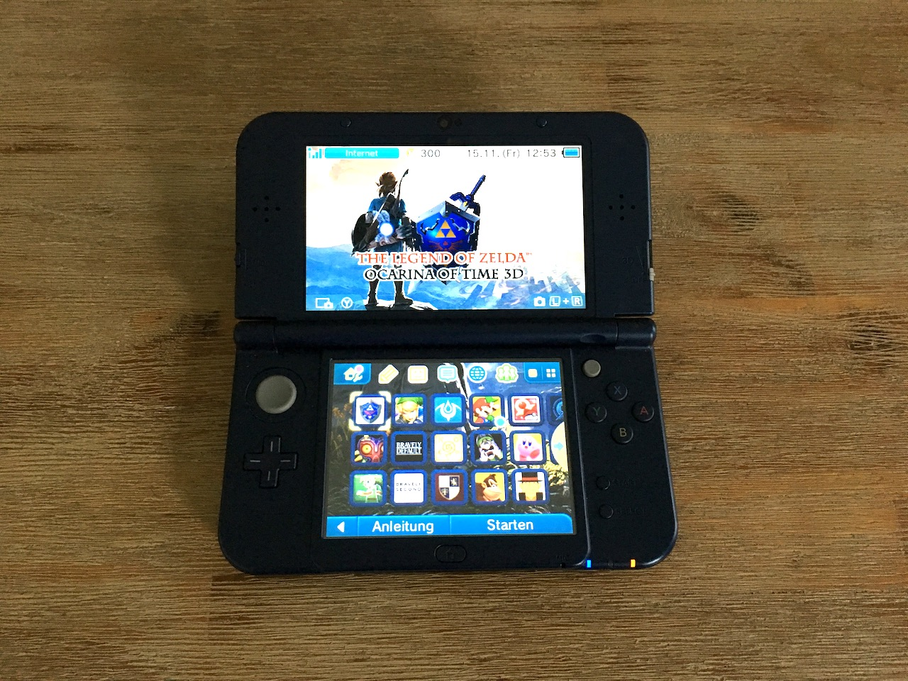 A 3DS showing the main menu