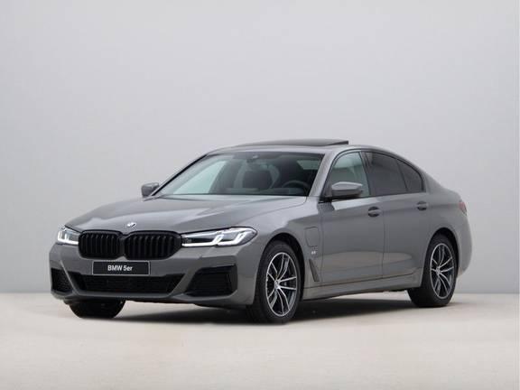 BMW 5 Serie 520e High Exe M-Sport Hybrid