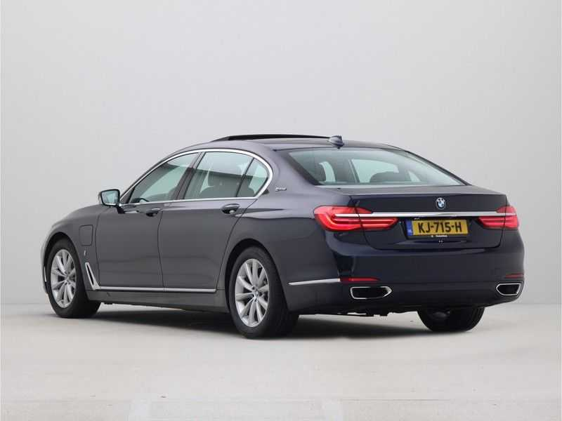 BMW 7 Serie 740Le PHEV High Executive Automaat afbeelding 13